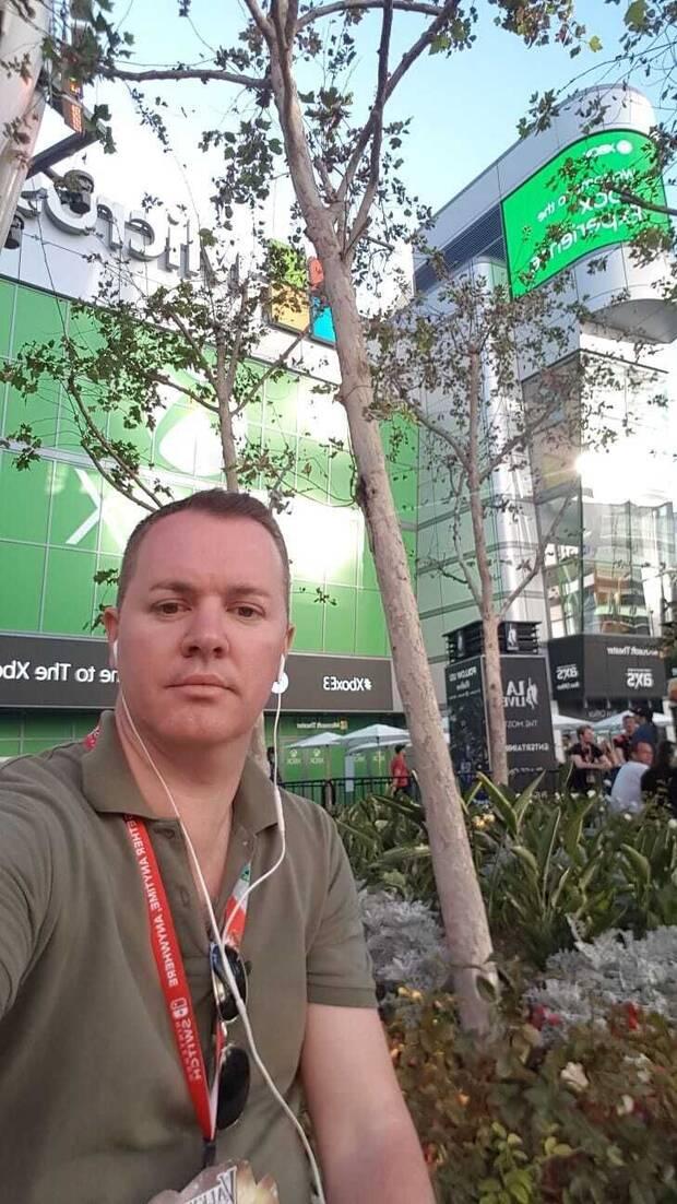 De la Nuez en una feria E3.