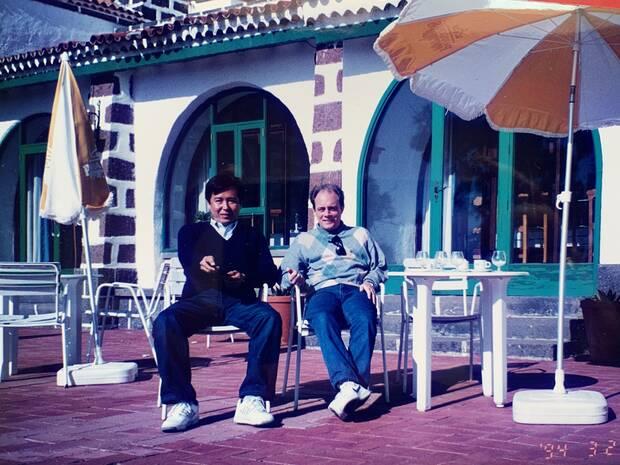 Ota y Pastor en un viaje a Canarias.