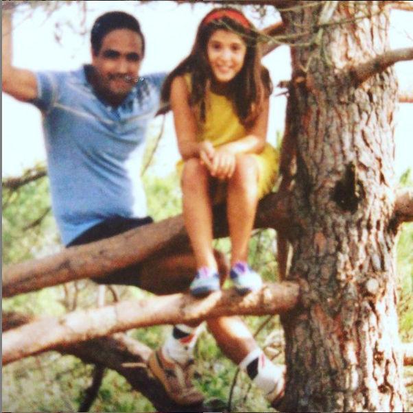 Ana Oliveras con su padre.