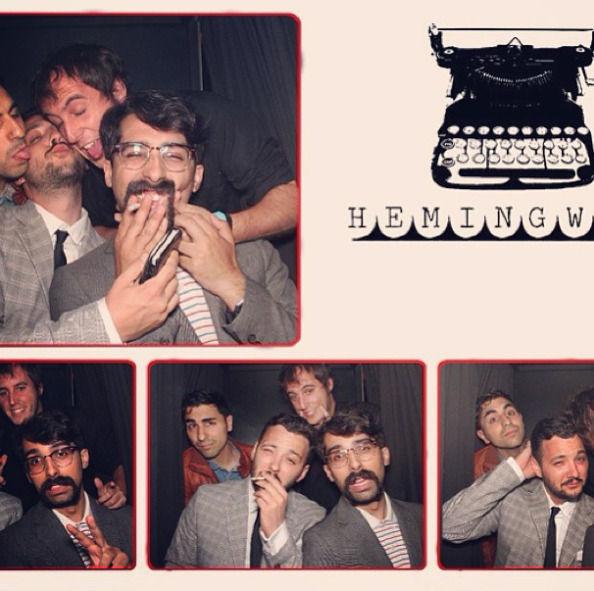 Robles con Chiconuclear, Javi Moya y Jordi Torras, en los Angeles tras un E3.